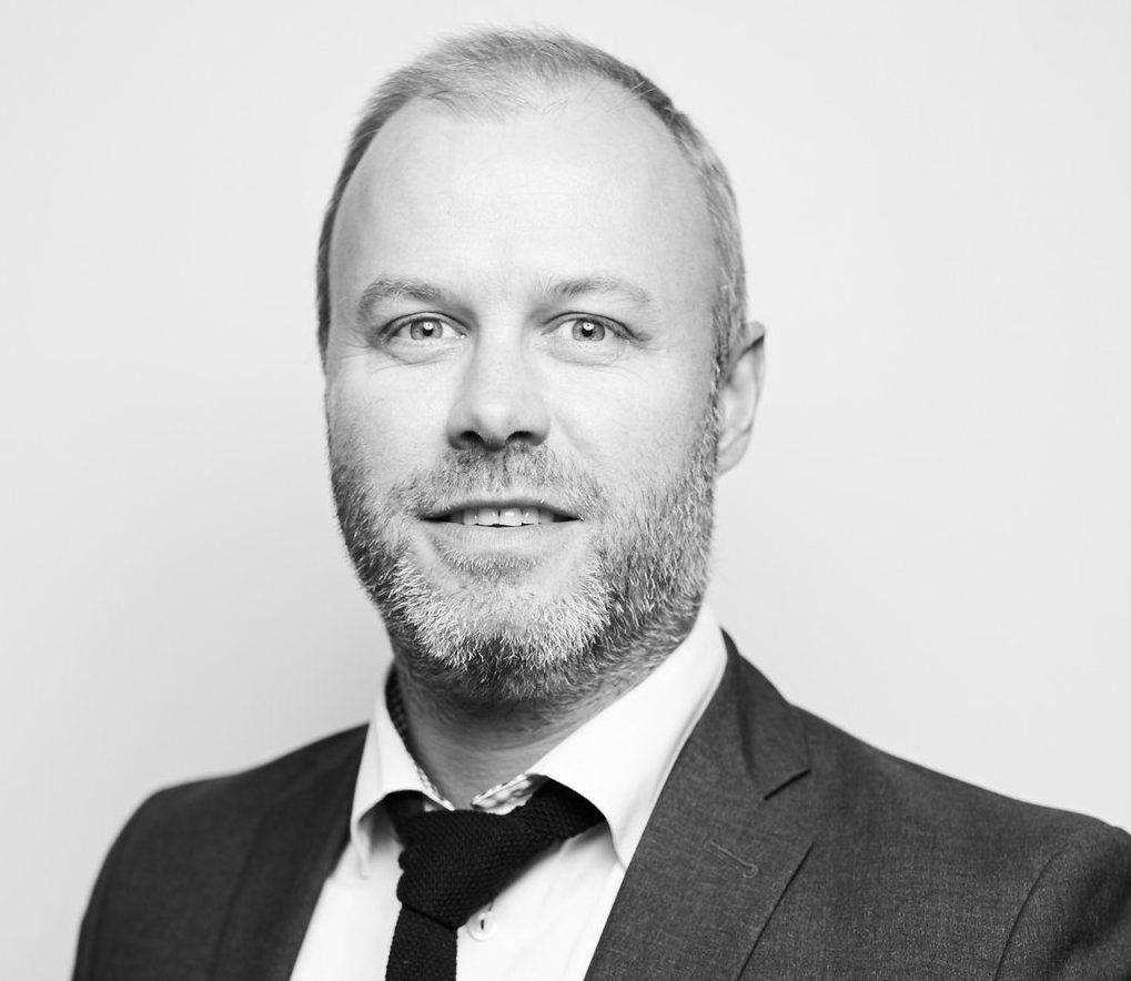 Byrålederne – Stian Jansen, Carat